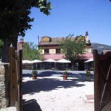 El Jardin de la Hilaria-Restaurante La Hilaria